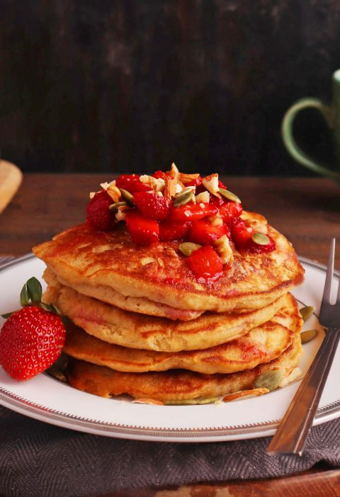 Whole Wheat Fluffy Pancakes thumbnail