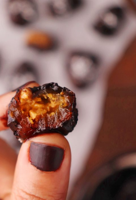Chocolate Covered Dates with Peanut Butter Filling Recipe (1)